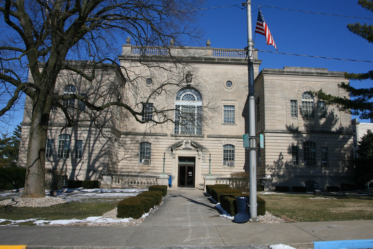 Lawrence County Courthouse, Bedford, Indiana, February 9, 2007.