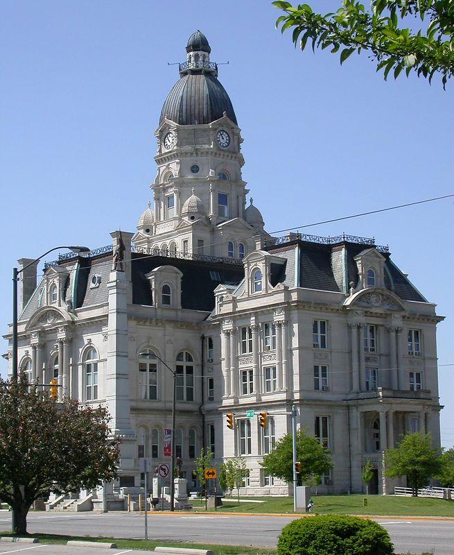 Vigo County Courthouse, Terre Haute, Indiana, May 2004.