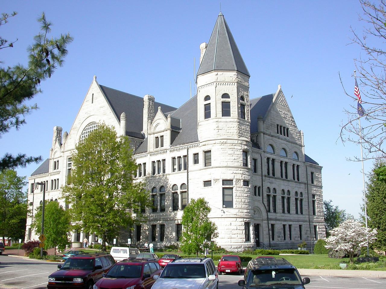 Wayne County Courthouse, Richmond, Indiana, May 2004.
