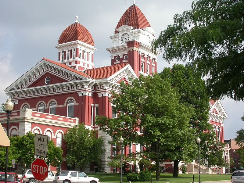 Lake County Courthouse, Crown Point, Indiana, June 2004.