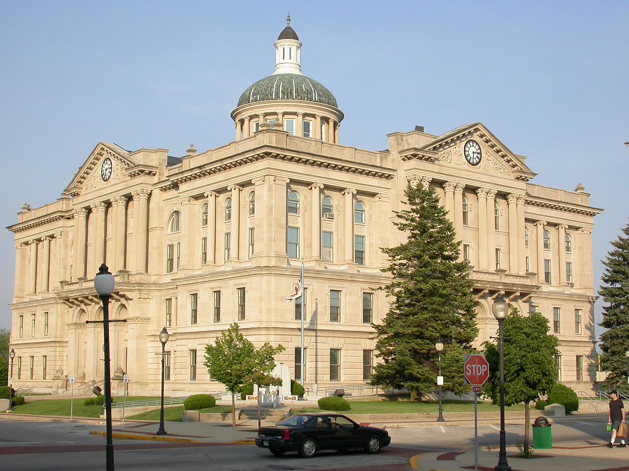 Huntington County Courthouse, Huntington, Indiana, May 2004.