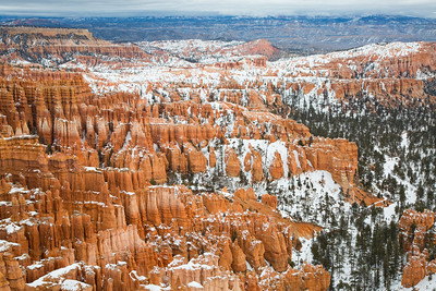 Bryce Canyon in the dead of winter – beautiful even without much light.