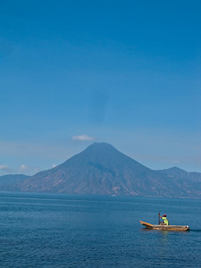 lago de attitlan  guatemala