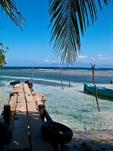 island off the coast of honduras  honduras