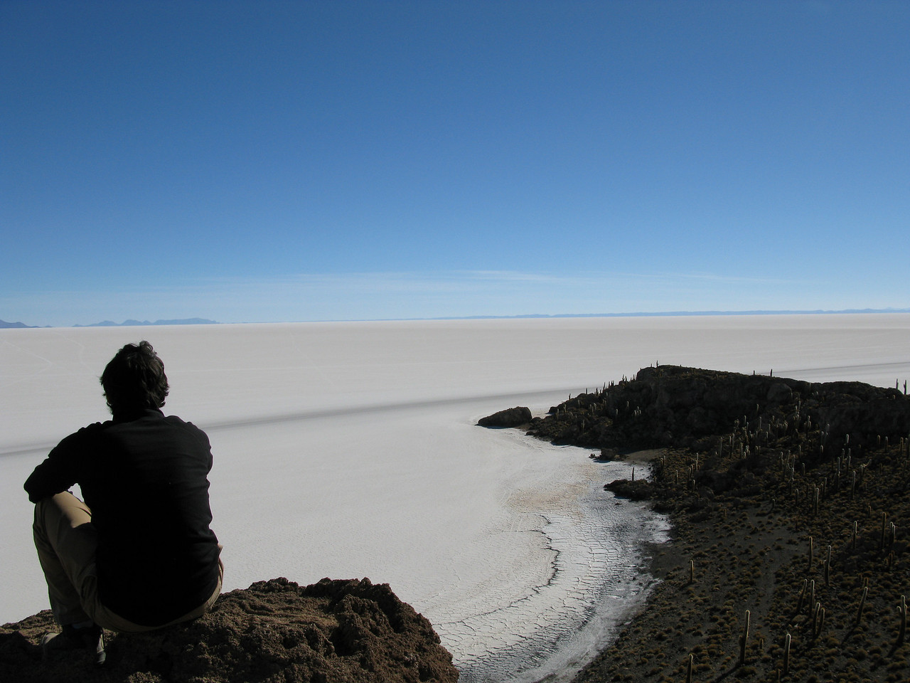 1.5 hours to drive from one end of the salt flats to the other