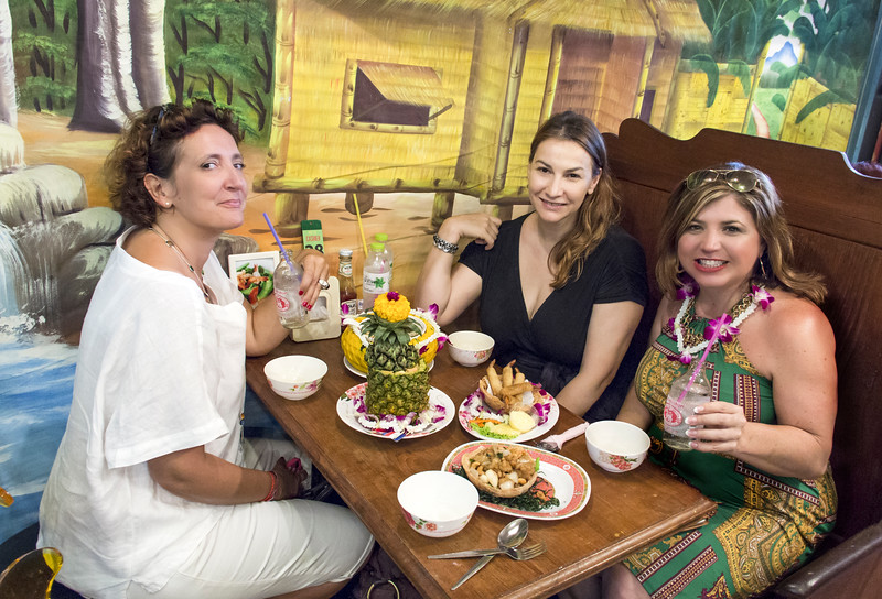 Bangkok-antiques sourcing with Toma Clark Haines-Antiques Diva & Co-_MG_9096