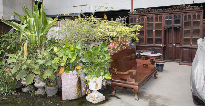 Bangkok-antiques sourcing with Toma Clark Haines-Antiques Diva & Co-_MG_9492