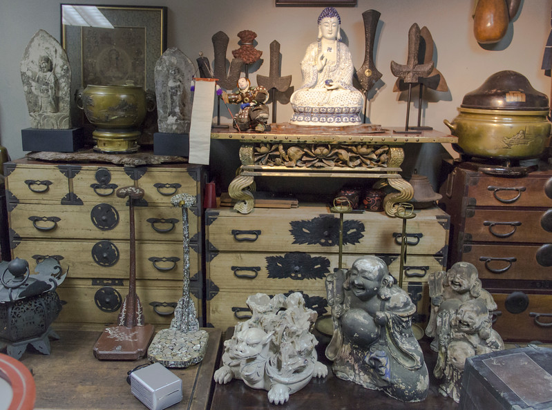 Bangkok-antiques sourcing with Toma Clark Haines-Antiques Diva & Co-_MG_8545