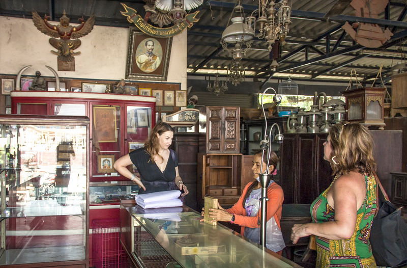 Bangkok-antiques sourcing with Toma Clark Haines-Antiques Diva & Co-_MG_9520