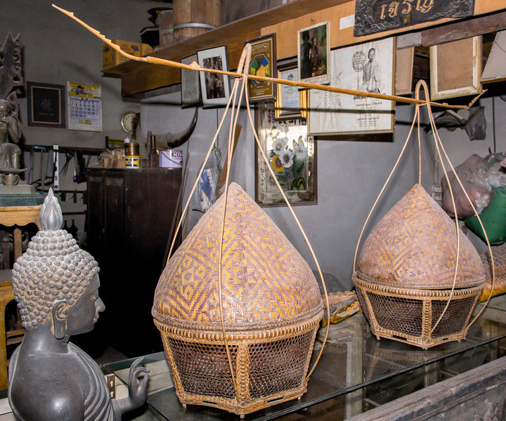 Bangkok-antiques sourcing with Toma Clark Haines-Antiques Diva & Co-_MG_9497