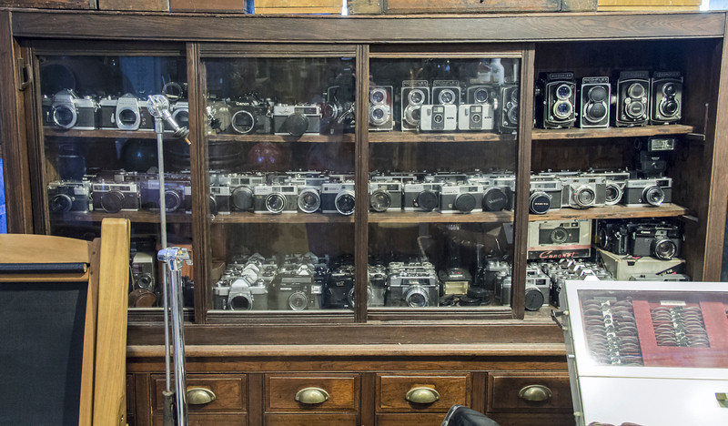 Bangkok-antiques sourcing with Toma Clark Haines-Antiques Diva & Co-_MG_8585