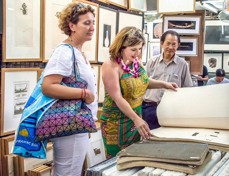 Bangkok-antiques sourcing with Toma Clark Haines-Antiques Diva & Co-_MG_9221
