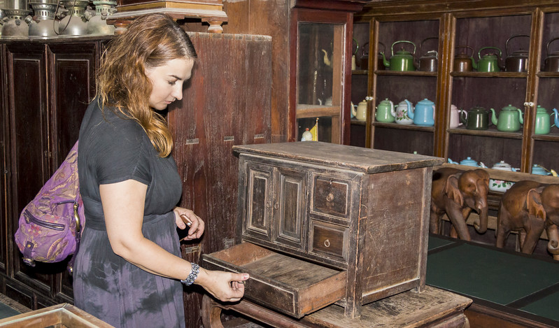 Bangkok-antiques sourcing with Toma Clark Haines-Antiques Diva & Co-_MG_9531