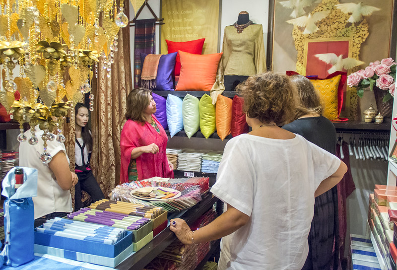 Bangkok-antiques sourcing with Toma Clark Haines-Antiques Diva & Co-_MG_9023