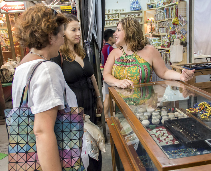 Bangkok-antiques sourcing with Toma Clark Haines-Antiques Diva & Co-_MG_9045