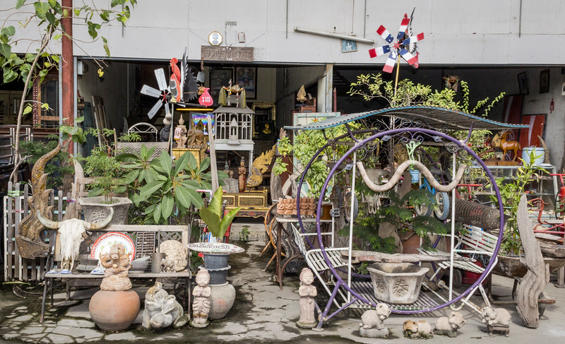 Bangkok-antiques sourcing with Toma Clark Haines-Antiques Diva & Co-_MG_9490