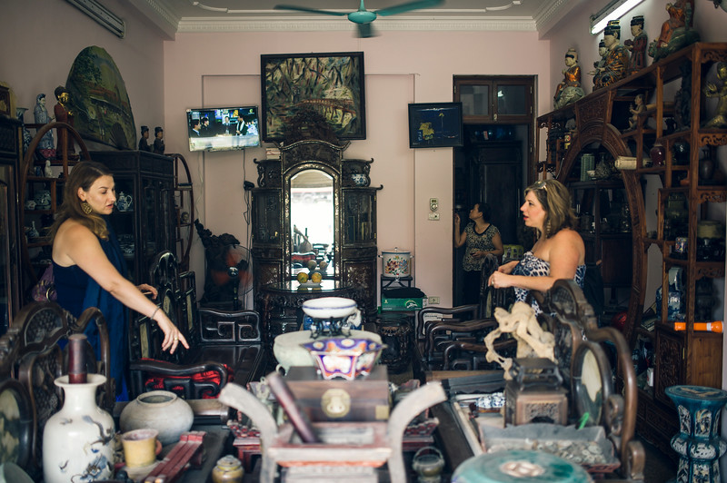 Hanoi-antiques sourcing with Toma Clark Haines-Antiques Diva & Co-_VBK5910