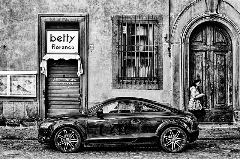 Audi, Betty, & Woman - with smartphone - Florence, Italy