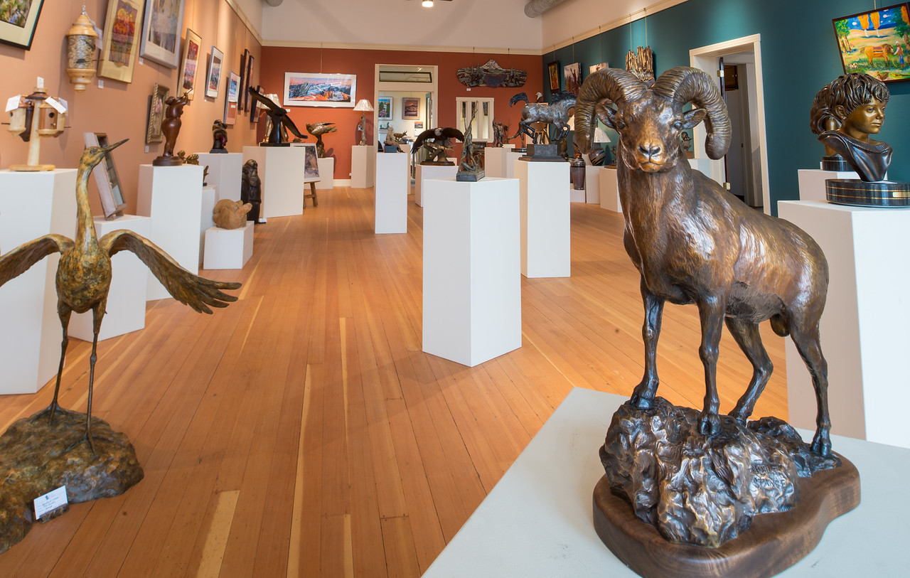Valley Bronze was the first foundry in Wallowa County. Their gallery showcases many bronze pieces cast there, as well as photographs and paintings.