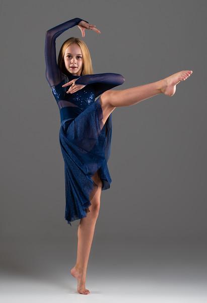 Riley Metzgar-8.jpg