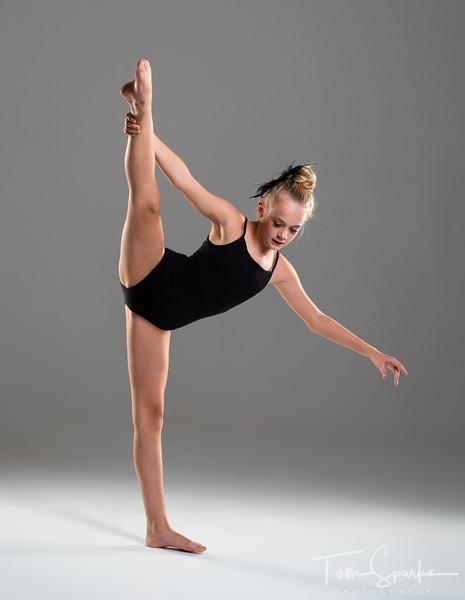 Riley Metzgar-6.jpg
