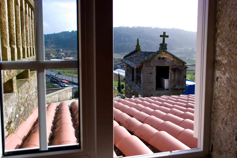 View of the ancient chapel at D.O.Ferreiro.