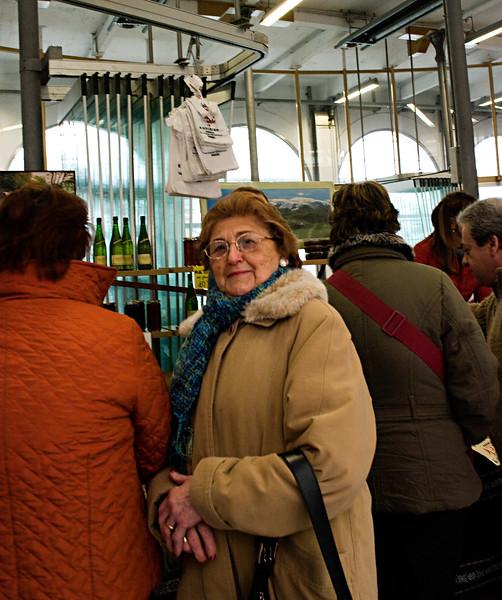 Patron at Tolosa, Market.