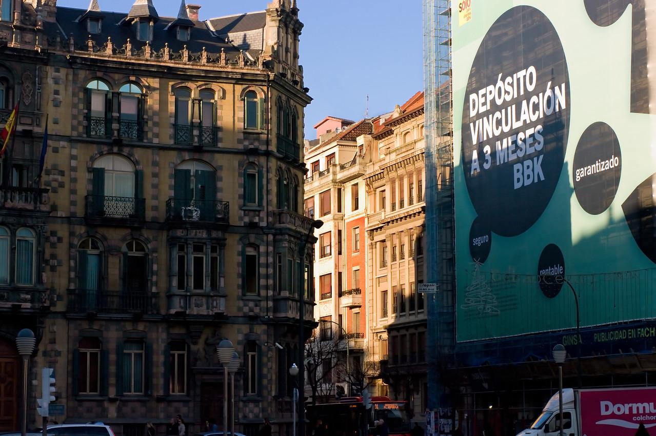 Bilbao, Spain. (Pentax K20D with FA 50mm f/1.4 lens.)
