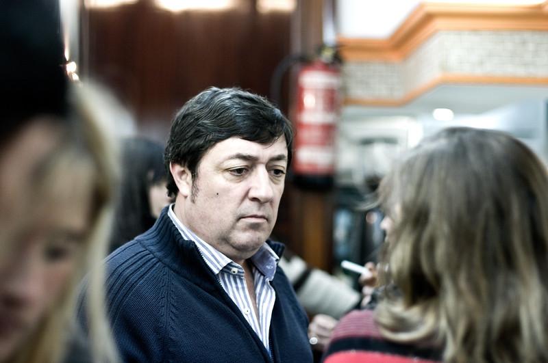 Crowed, Popular Tapas Bar in Bilbao, Spain. (Pentax K20D with FA 50mm 1.4 lens.)