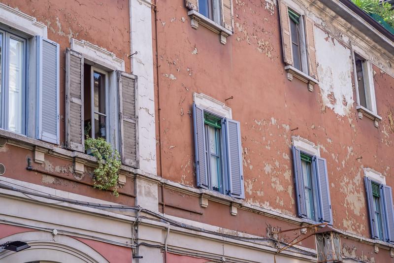 Milan-5785