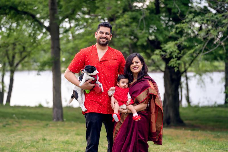 The Balajee Family Mini013