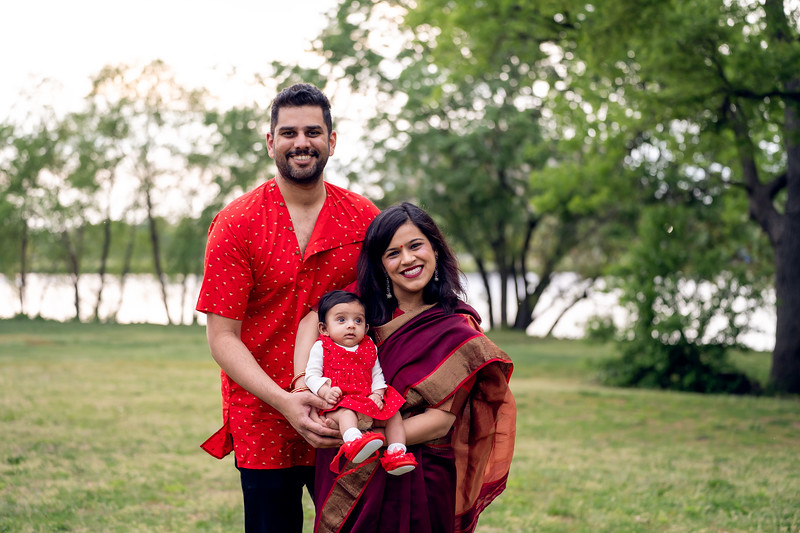 The Balajee Family Mini005