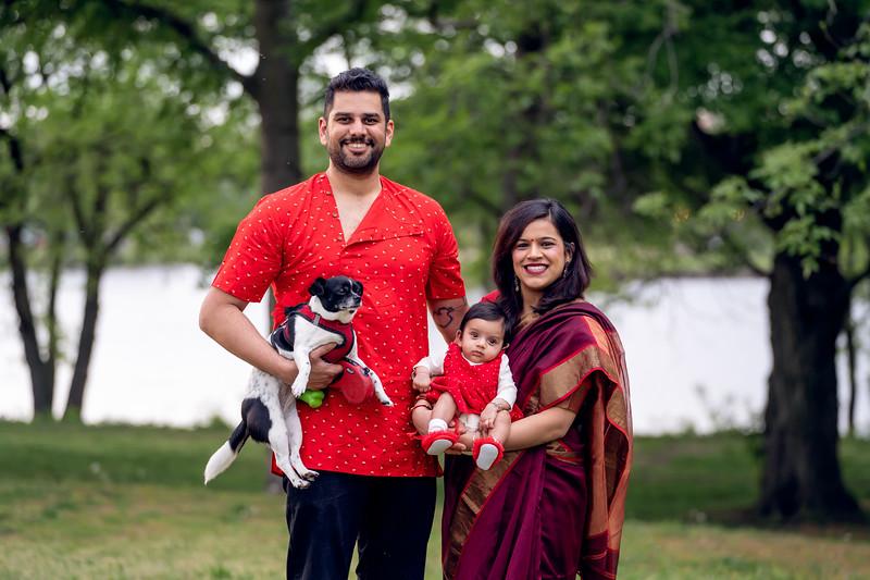The Balajee Family Mini015