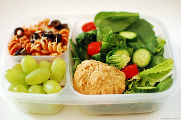 Yummy lunch ideas for packed lunch boxes easylunchboxes healthy kids forumfinder Images