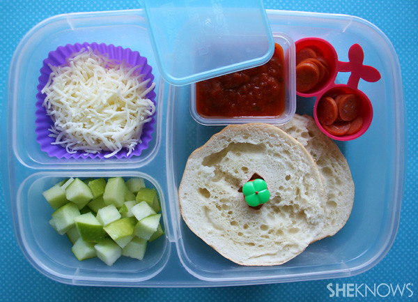 DIY Pizza Bagel for Lunch