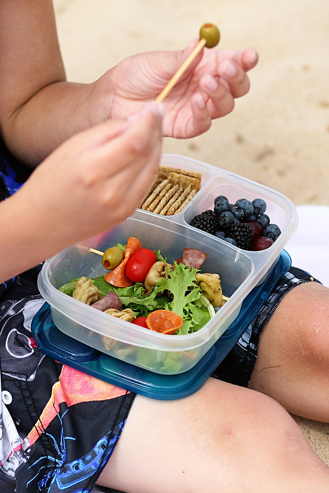 Hi Res EasyLunchboxes are perfect for picnics