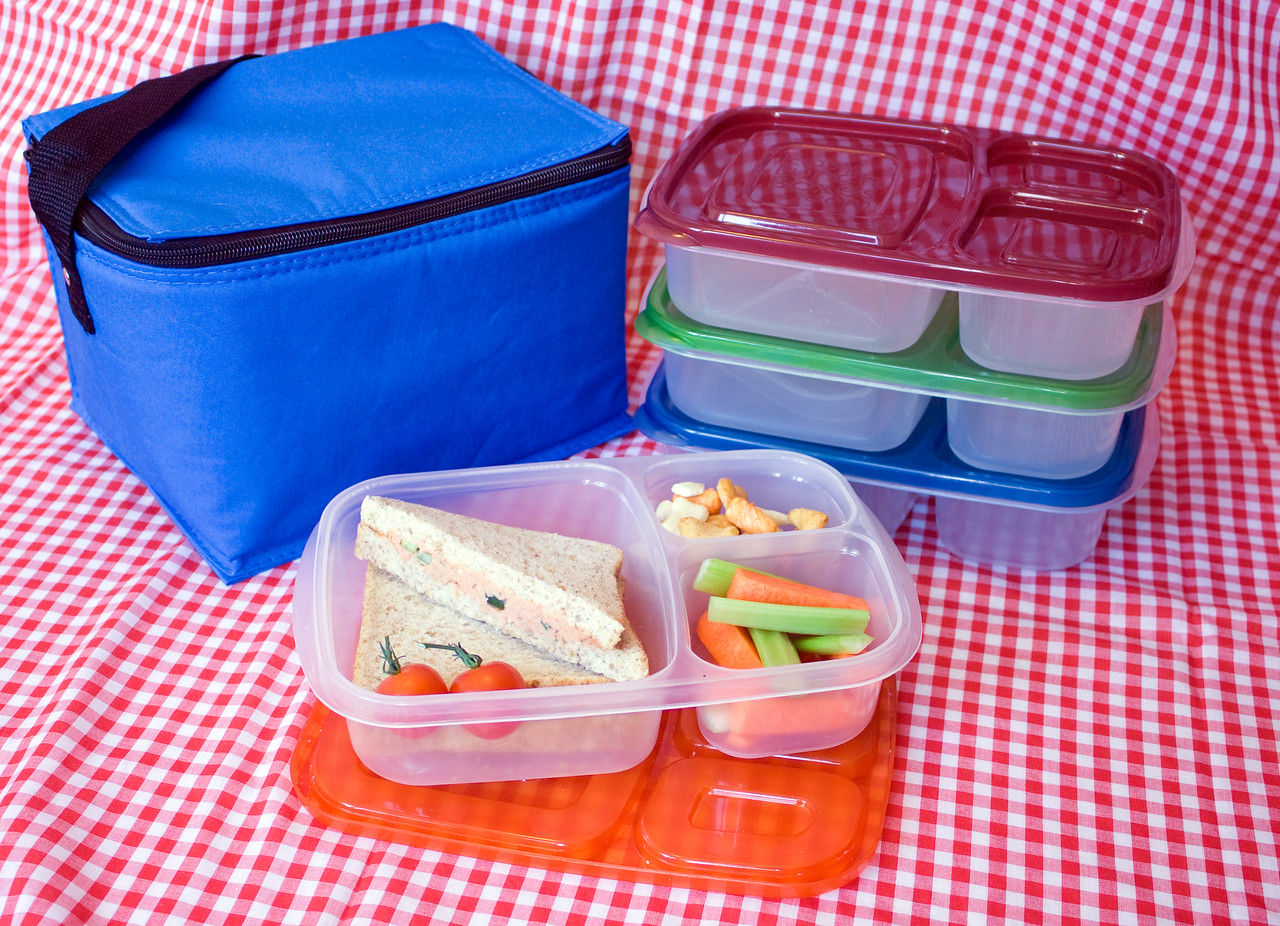 Hi Res Picnics are easy with EasyLunchboxes!