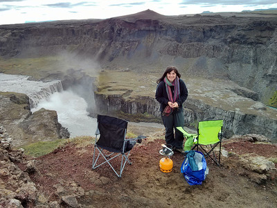 Our lunchtime view at Hafragilsfoss.