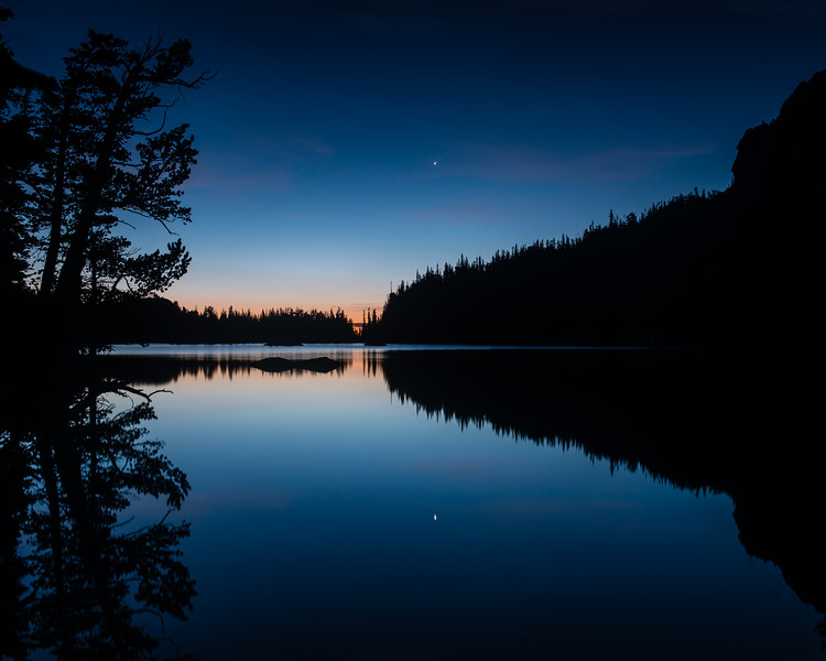 Dawn at the Loch