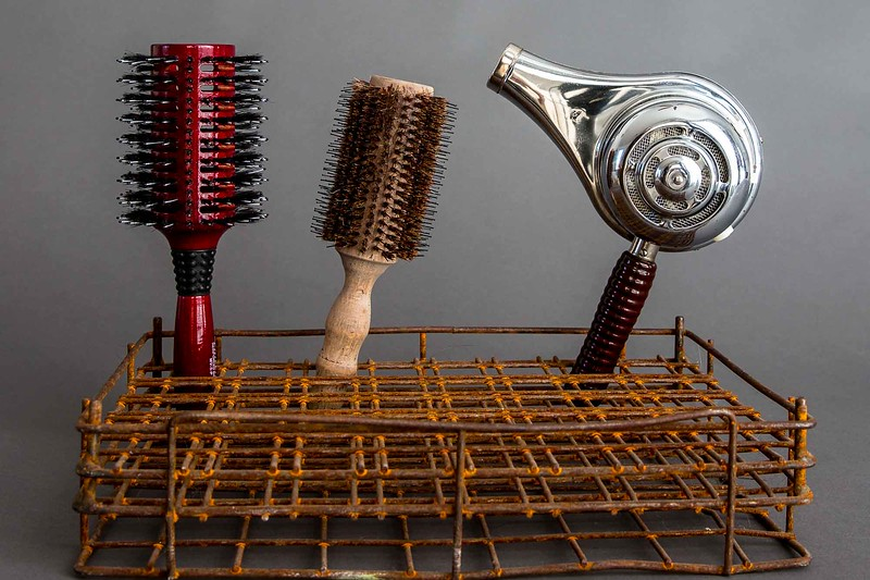 The-Bird-Nest-Vintage-Hair-Styling-Tools-9132
