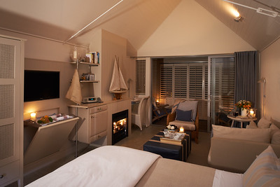 The Boatshed Suite - Night view