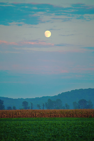 Moonrise over the Bottoms