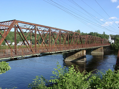 Looking south over the Merrimack. The steel structure you see at far right is an adjacent railroad bridge.
