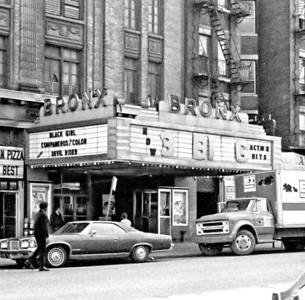 147th St, 148th St, El Platform, the Bronx Hub, April 1973, BW