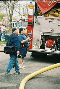 Photo's from Fair Lawn 2nd alarm House Fire 36th Street 4-25-07