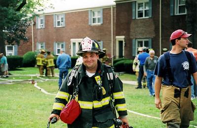 Photo's from Elmwood Park 2nd alarm Garden Apt. 9-27-06
