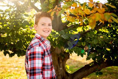 Kids at Tree-3398