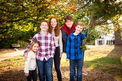 Kids at Tree-3423