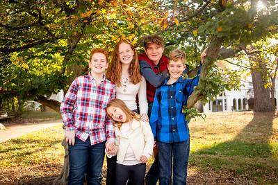Kids at Tree-3436