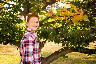 Kids at Tree-3397